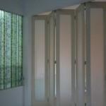 pintu lipat ruang keluarga