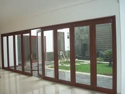 pintu lipat ruang taman kaca aluminium